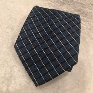 NWT Tommy Hilfiger Men's Navy Blue Neck Tie